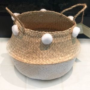 Foldable Hand Woven Seagrass Basket with Pom Poms